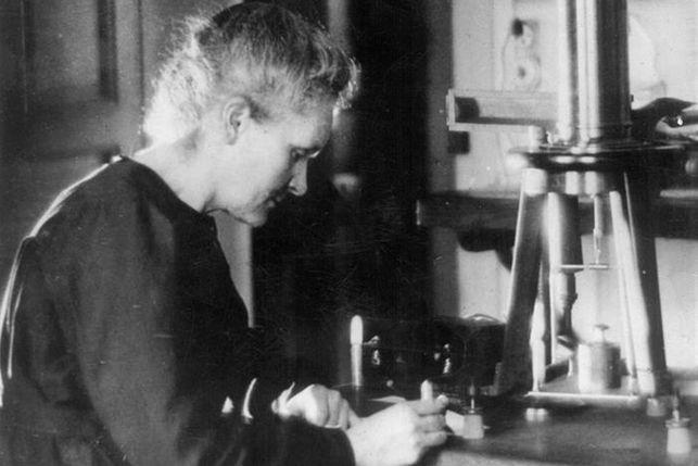Marie-Curie-11F